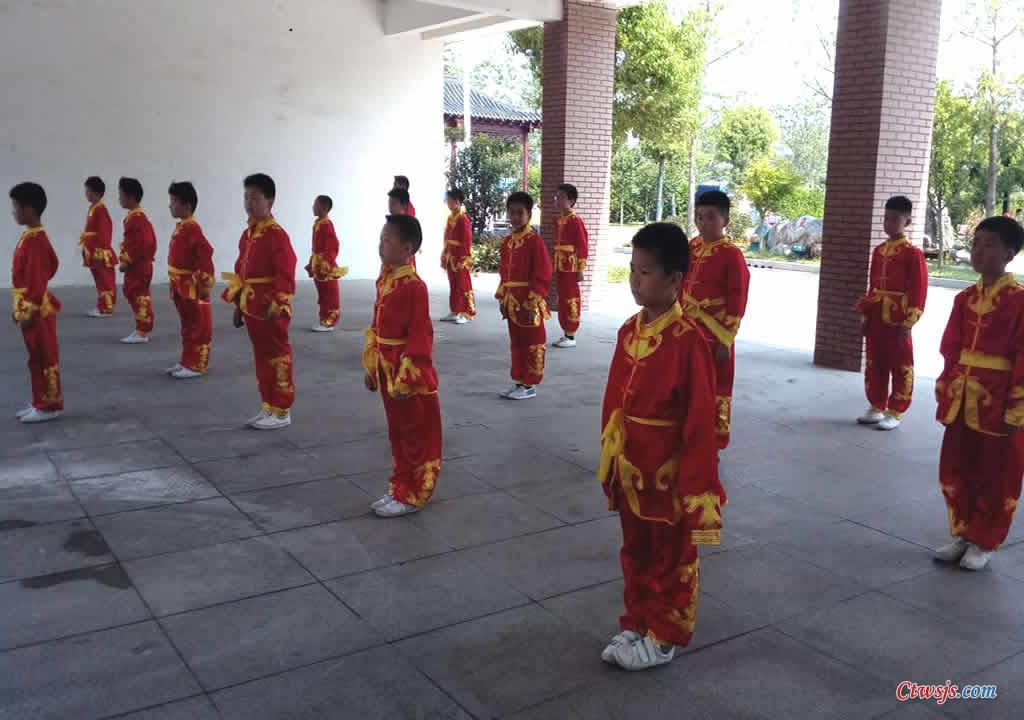 4-沭阳县长庄小学武术观摩活动展示